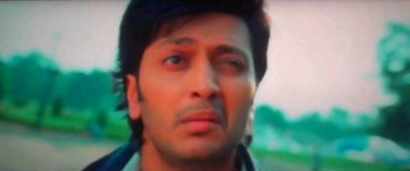 Screen Shot Of Hindi Movie Grand Masti (2013) Download And Watch Online Free at worldfree4u.com