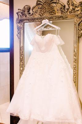 Tavares Pavillion on the Lake bridal gown