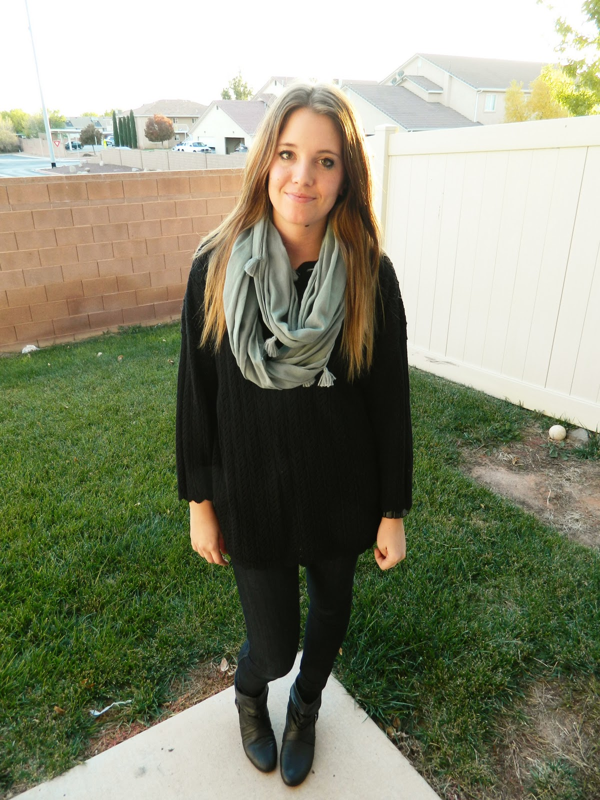 oversized sweater, black sweater, black leggings, black booties