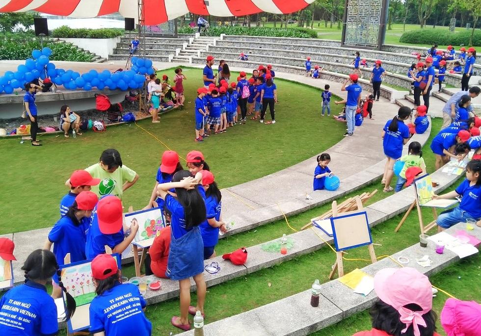Một sự kiên hoạt động ngoài trời tại công viên Yên Sở- Gamuda City