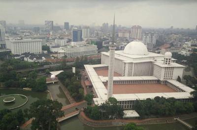 Masjid Istiqlal di Jakarta Indonesia