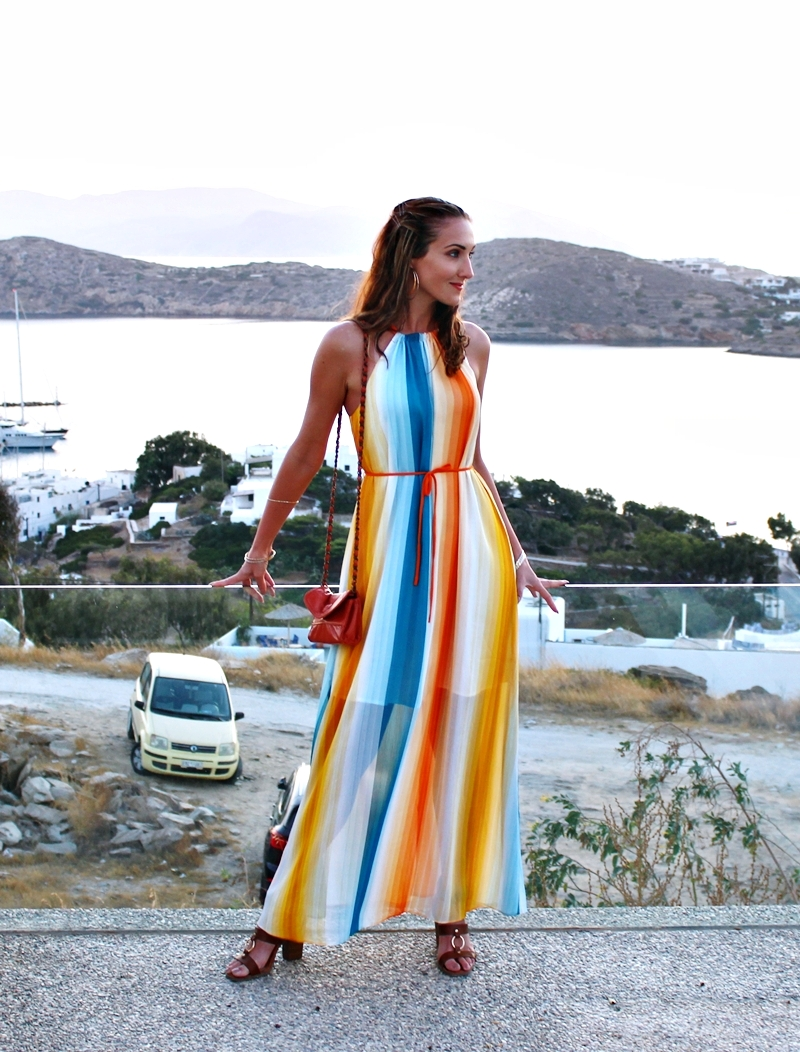 H&M strapless multicolored striped maxi dress.H&M visebojna maxi haljina na pruge.