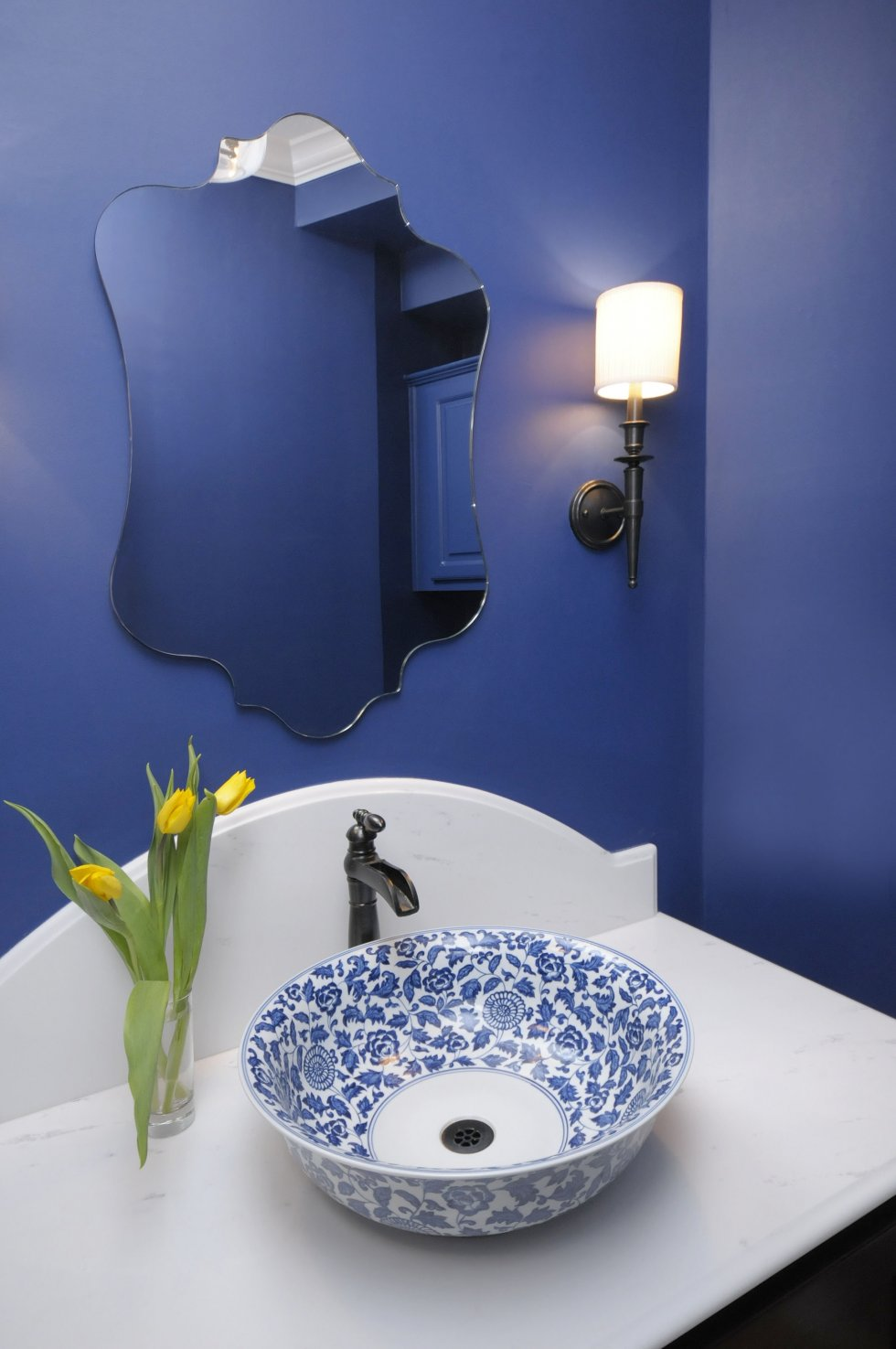 Blog achados de decora o decora o em azul a cor mais for Powder blue bathroom ideas
