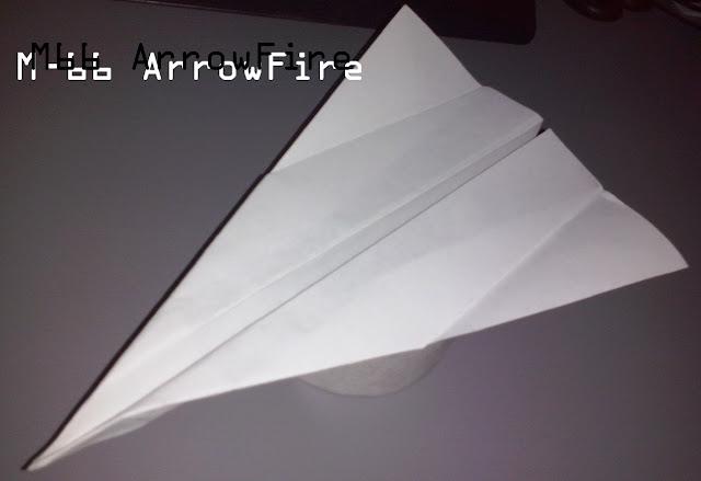 Avión de papel M-66 ArrowFire