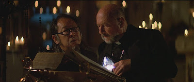 Prince of Darkness 1877 John Carpenter movie still Donald Pleasence Victor Wong