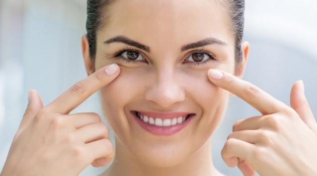 Manfaat es batu untuk kecantikan kulit wajah alami