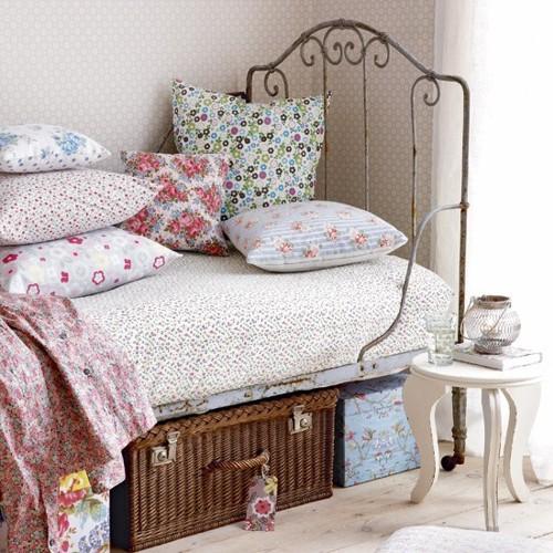 Um quarto de garota - A girl's bedroom