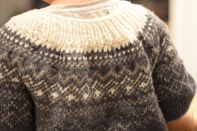 montage extensible côte 1/1, Pull Grand Nord, Tricot pour les tout-petits et pas que !, tricot jacquard, Hanne Andreassen Hjelmas, Torunn Steinsland, tricot norvégien,