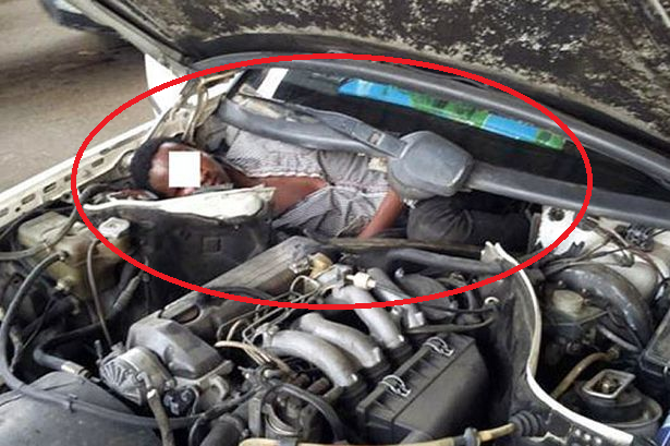 african migrant car engine spain