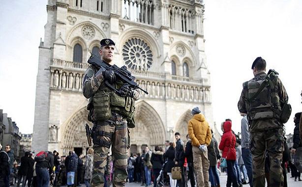 هجوم إرهابى جديد فى الكاتدرائية فى باريس