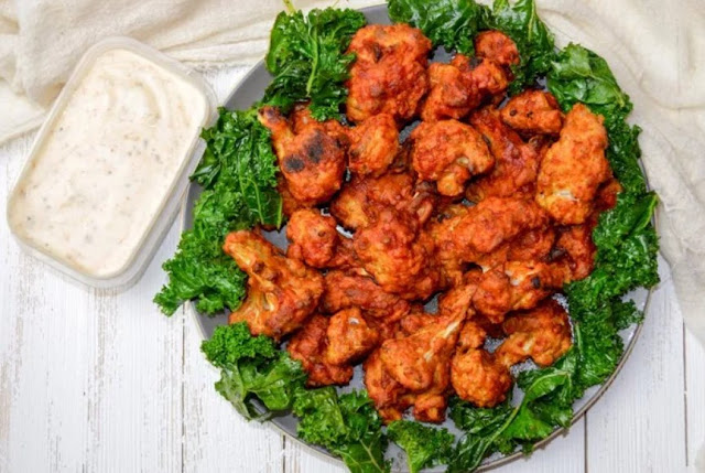 Crispy Cauliflower Hot Wings #vegansnack #fingerfood