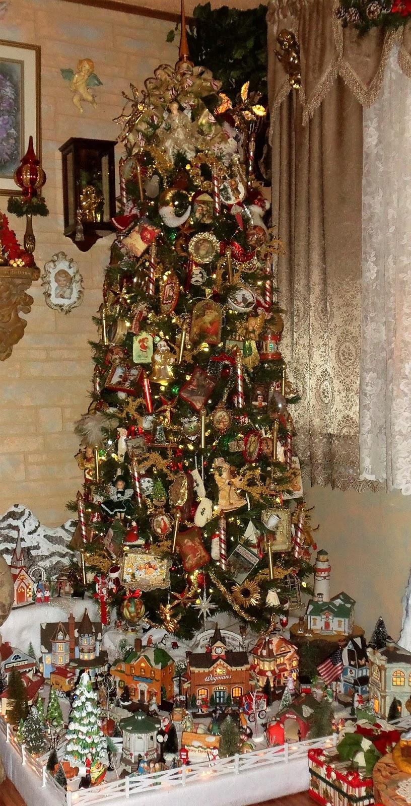 Christmas Village Platform.A Debbie Dabble Christmas A Tale Of 2 Christmas Trees And A