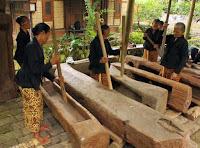 tradisi gedhokan suku osing