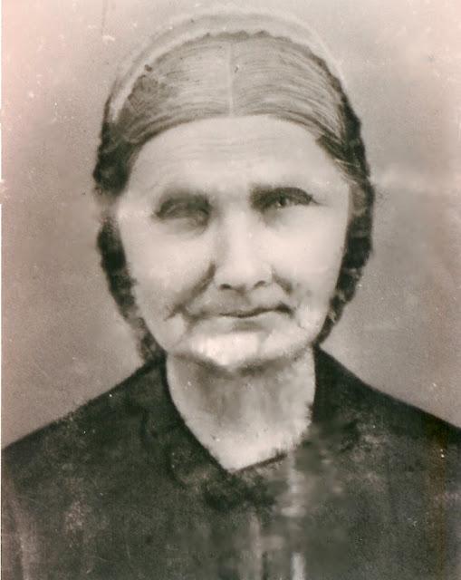 "Margarett Elizabeth ""Peggy"" Helm Cox"