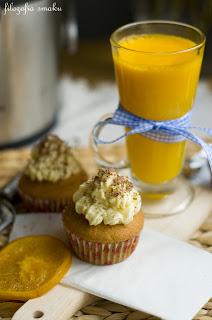 (Pomarańczowe cupcakes