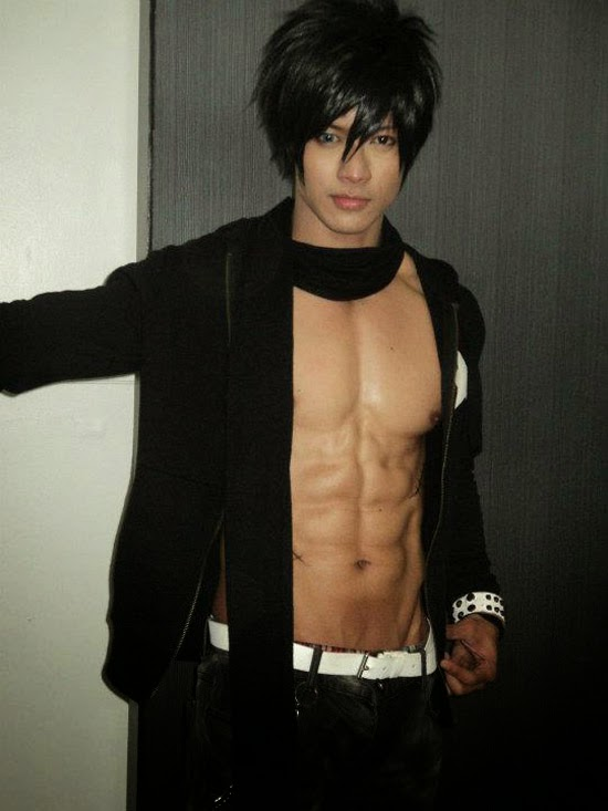 JAYEM SISON THE ABS-MAZING COSPLAYER - Discreet Magazine
