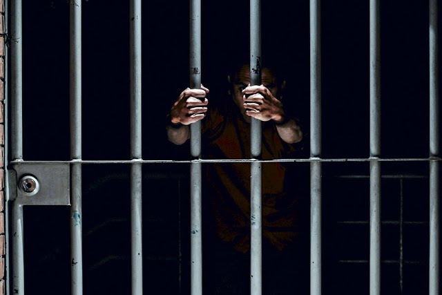 Gobierno de EPN pactó no ejercer acción penal en contra de funcionarios