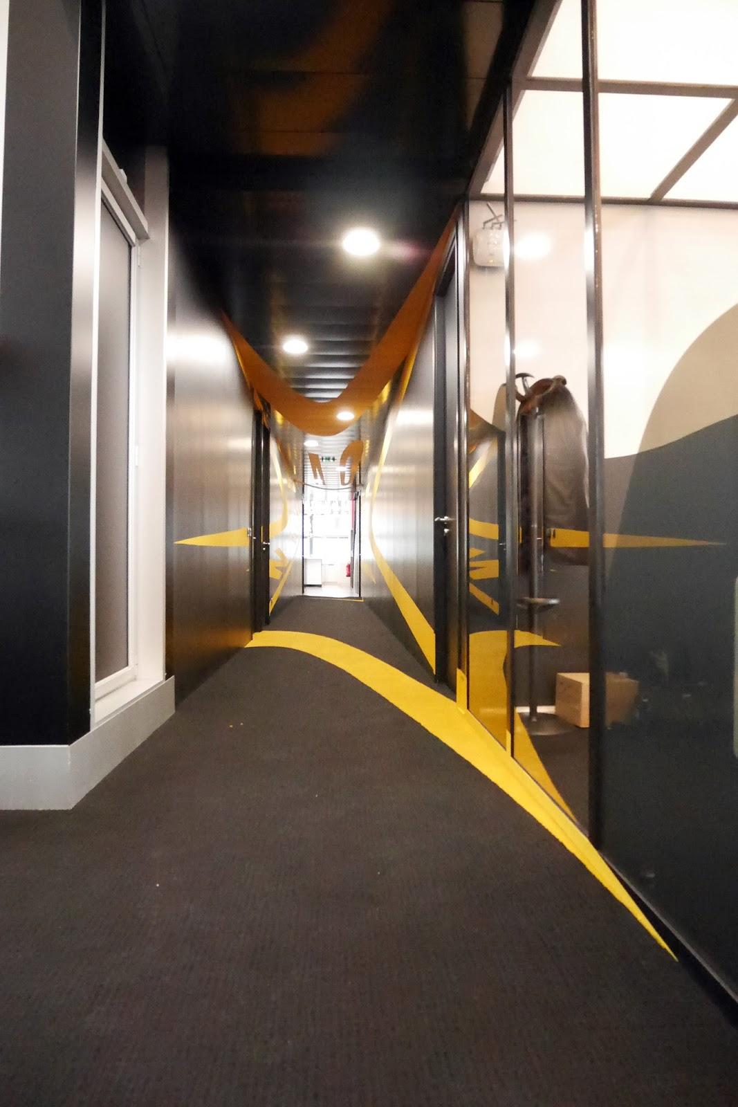 anamorphose dans des bureaux paris deco spray d coration ev nementiel graffiti. Black Bedroom Furniture Sets. Home Design Ideas