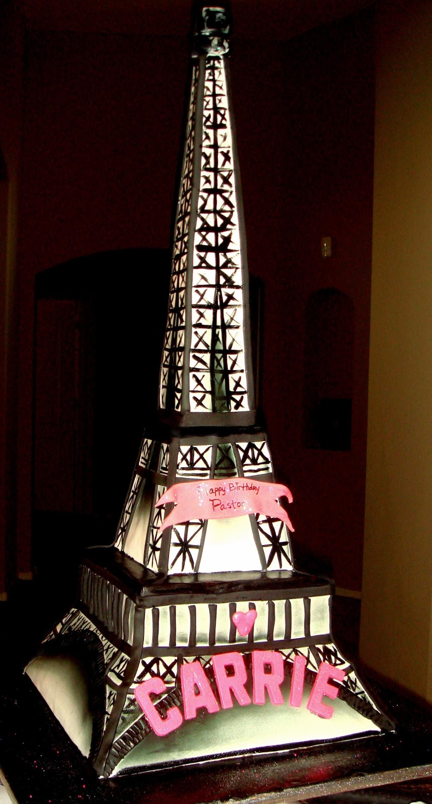 Bella Cake Custom Cakes 2 D 3 D Carved Tiered Amp Stacked