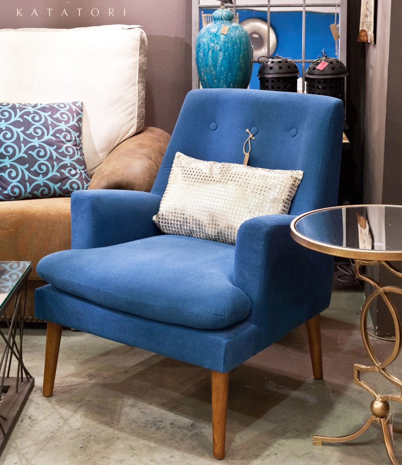 Katatori interiores azul for Muebles poligono el manchon