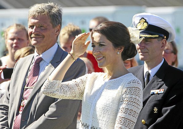 Crown Princess Mary attend the events of the 825th anniversary of Glostrup city. Princess Mary wore Prada Dress