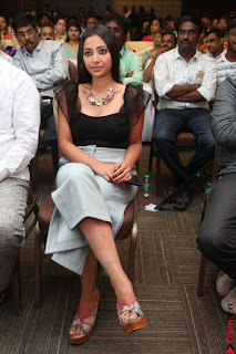 Swetha Basu in a Black Sleeveless Top Long Skirt at Mixture Potlam Movie Audio Launch 048.JPG