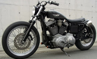 sportster 1200 s bobber side left