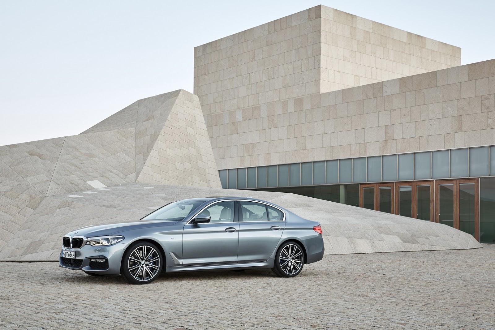 2017-BMW-5-Series-23.jpg