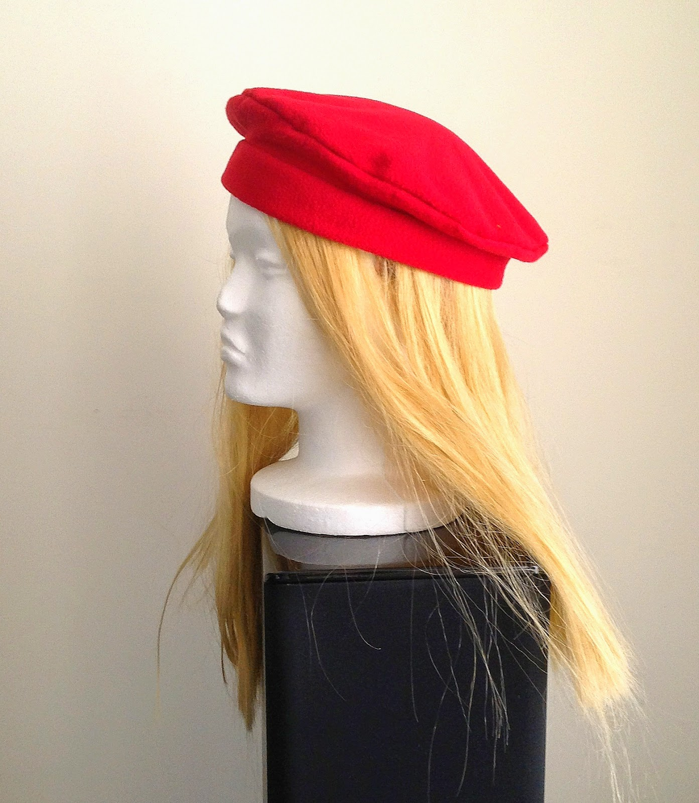 Wear this classic beret and bring out the vintage feel in your coat or any  other outfit! Wear it towards one side for style or at the center of your  head to ... 99714c6cf66