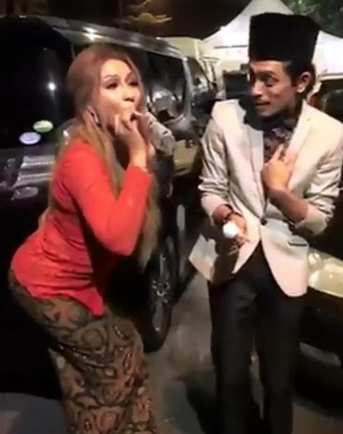 Gara-gara Video Aksi 'Melampau', Kak KM Dan Iqram Dinzly Dikecam Netizen