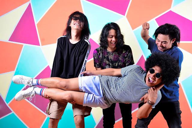 Profil Band Davy Jones