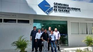 A presidente da Cinep, Tatiana Domiciano recebeu na manha~de hoje Josa da padaria e Beto Meireles para tratar de envestimentos para guarabira