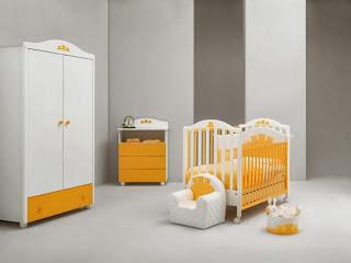 habitación de bebé gris amarillo