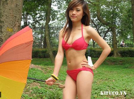 young bikini blog