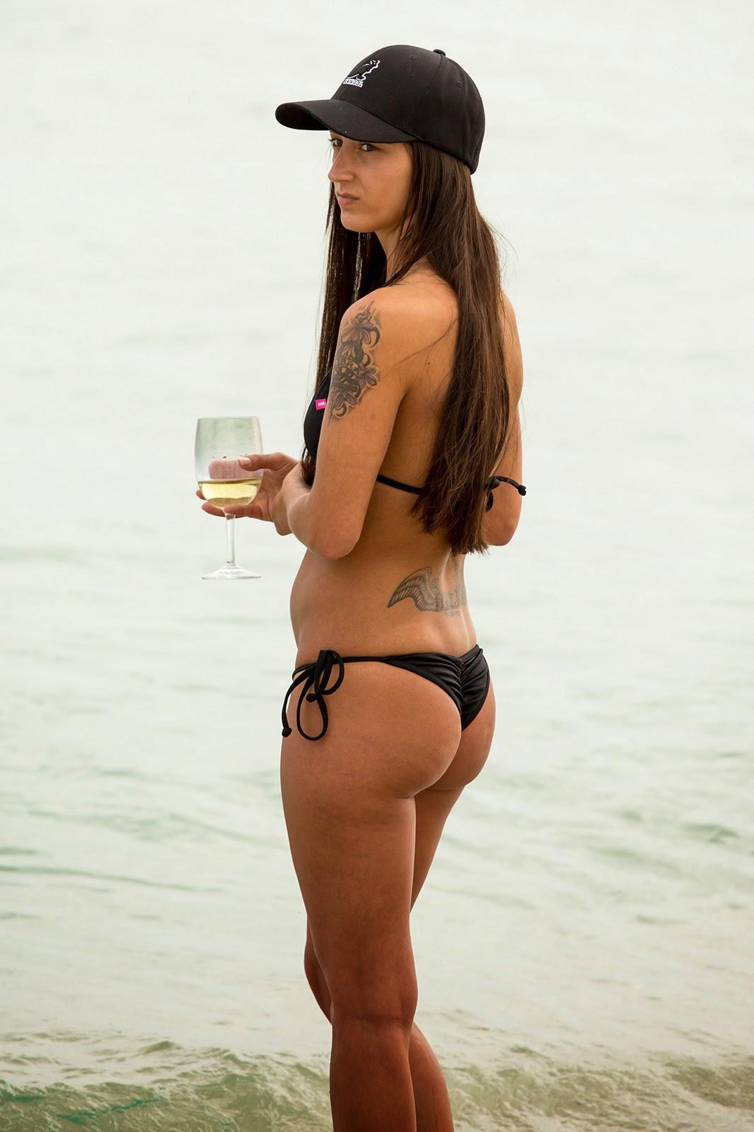 Culos Grandes En Bikini 116