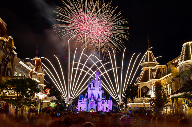 Show de fogos Wishes no Disney Magic Kingdom em Orlando
