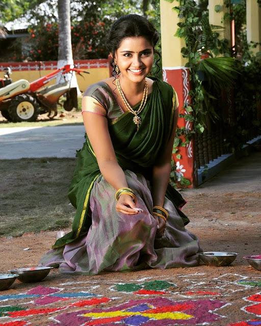 anupama parameswaran latest still from shatamanam bhavati