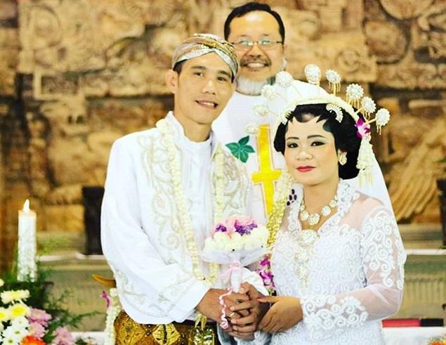 First Wedding Anniversary, Ucapan Syukur yang Tidak Sedikit