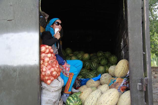 Tadjikistan, Haut-Badakhshan, Pamir, Khorog, melons, © L. Gigout, 2012