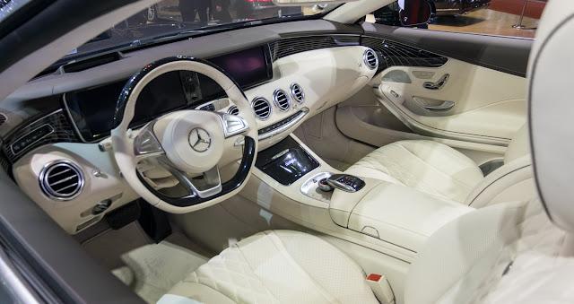 Mercedes S500 Cabriolet có thiết kế nội thất vô cùng tiện nghi và tinh tế