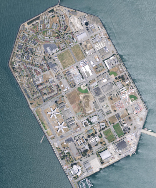 Treasure Island satellite imagery from ESRI ArcGIS REST API