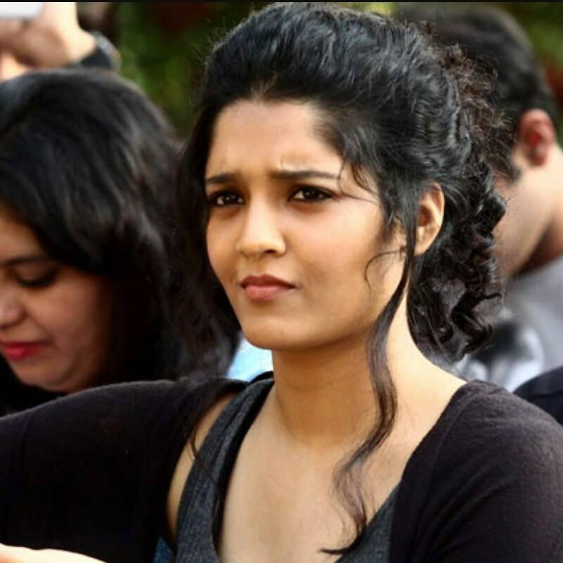 Mixed-martial arts turns to actressRitika singh Without Makeup Photos