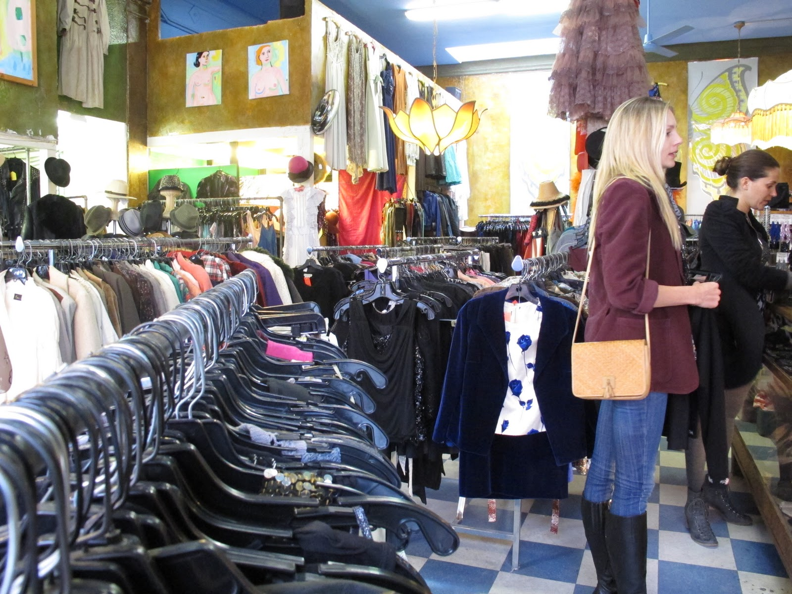 » Vintage Store: Gotta Have It, Venice. Caitlin Manley's Blog