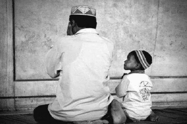 Mustajab, Doa Kedua Orang Tua yang Bersumber Langsung dari Al Qur'an