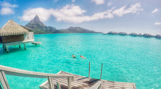 Bora Bora Swimming in Lagoon