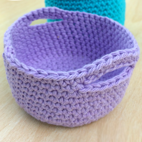 Simple Crochet Mini Basket - Free Pattern