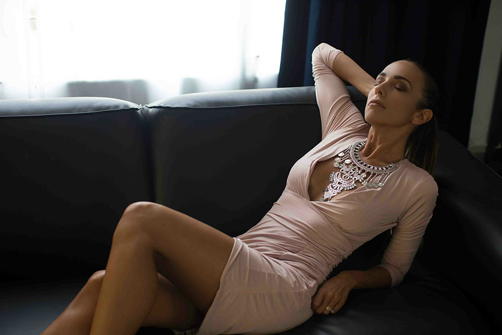 tendenza nude abbigliamento