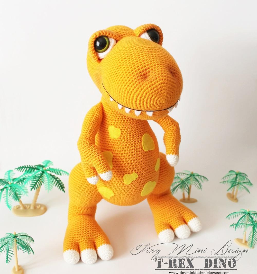Amigurumi T Rex Dino Tiny Mini Design