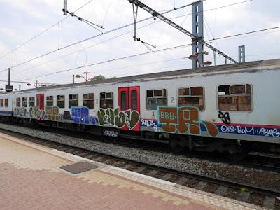 graffiti bbb sur trains
