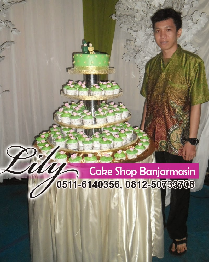 Lily Cake Shop Banjarmasin Pelanggan Terbaru 2 Produk Ukm Bumn Tenun Pagatan Kemeja Pria Biru Kapal Wedding Cup Empat Tingkat Khas Dipesan Oleh Tesya Mahasiswi Jurusan Ekonomi Syariah Institut Agama Islam Negeri Iain